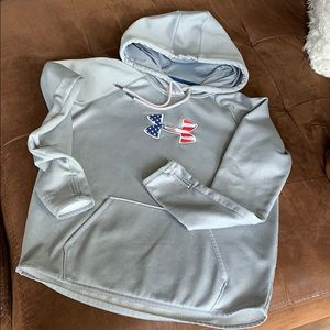 Under armor perfect hoodie small